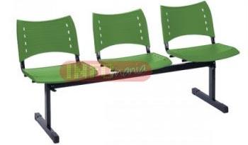 Longarina ISO 3 lugares polipropileno verde             sólido
